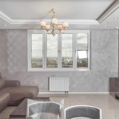 Декоративное покрытие песок в кухне - гостиной фото интерьера