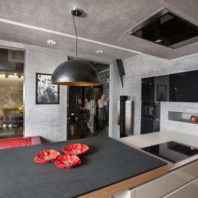 Декоративное покрытие Metal Core на кухне