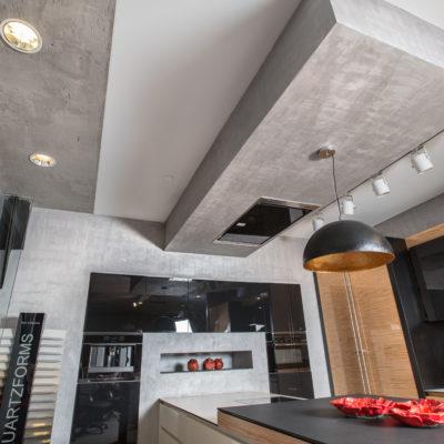 Декоративное покрытие под бетон на кухне