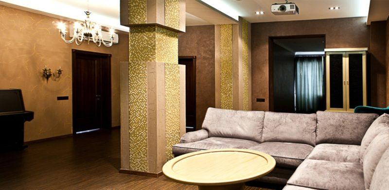 Бархатное декоративной покрытие в интерьере комнаты фото