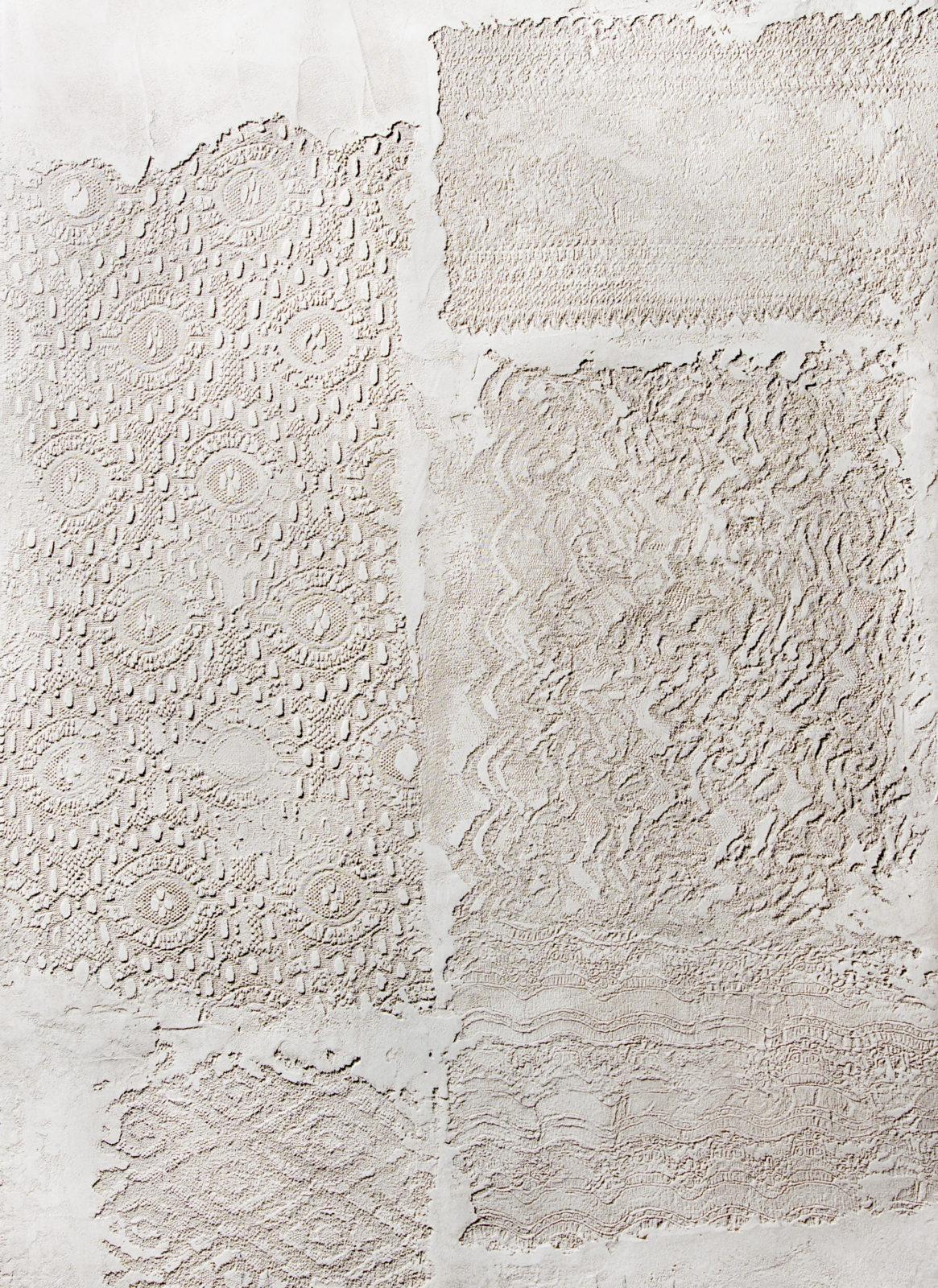 Винтажная фактура из декоративной штукатурки с кружевным рисунком. Техника patchwork.