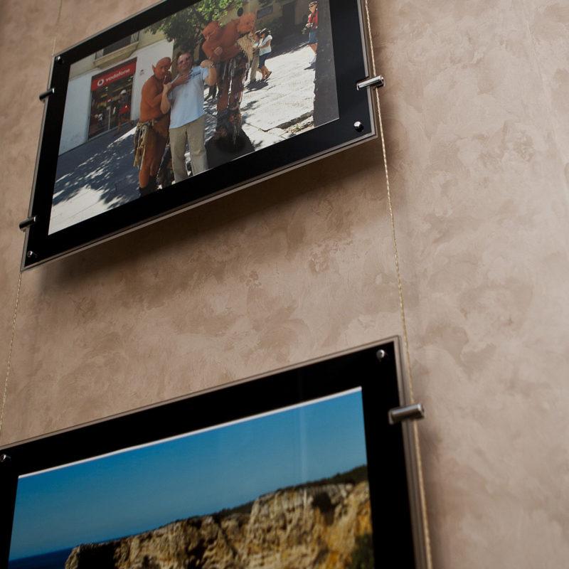 Штукатурка под шелк на стене фото