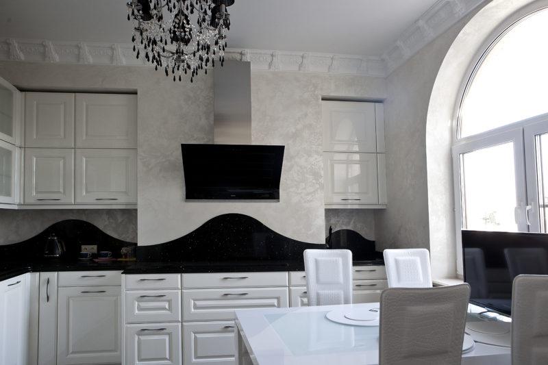 Декоративная краска с песком на кухне