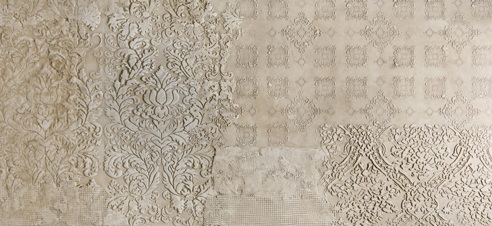 Авторская фактура. Арт-объект из декоративной штукатурки на стенах в интерьере